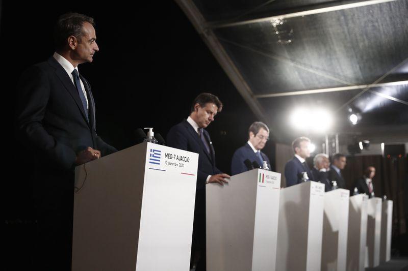 Μακρόν: Μήνυμα υποστήριξης σε Ελλάδα και Κύπρο - Μητσοτάκης: Η Τουρκία έχει χρόνο μέχρι τη Σύνοδο Κορυφής να σταματήσει τις προκλήσεις