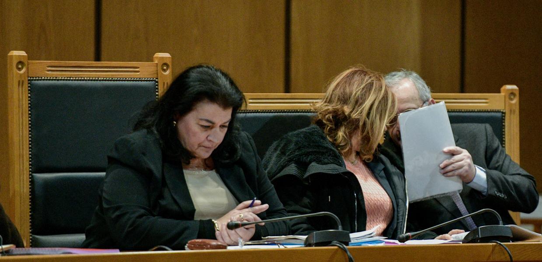 Δίκη Χρυσής Αυγής / Χρέος μας να καταδικάσουμε τον ναζισμό τονίζει το Δημοτικό Συμβούλιο του Δήμου Αθηναίων | Αυγή