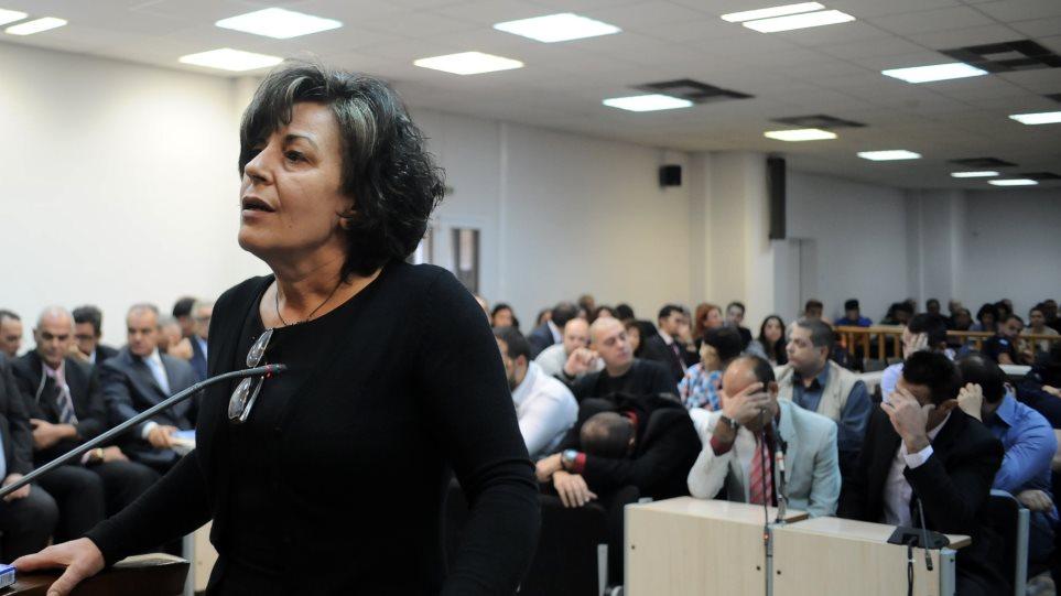 Μάγδα Φύσσα σε εισαγγελέα: «Ξαναμαχαιρώσατε τον Παύλο;» - ΤΑ ΝΕΑ