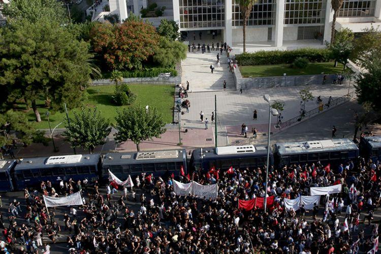Δίκη της Χρυσής Αυγής - Live όλες οι εξελίξεις | Athens Voice