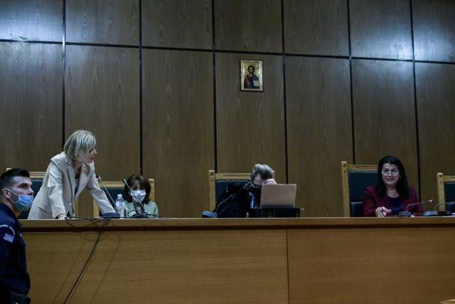 Επιμένει η εισαγγελέας για τις αναστολές των ποινών στους καταδικασθέντες της Χρυσής Αυγής - ΤΑ ΝΕΑ
