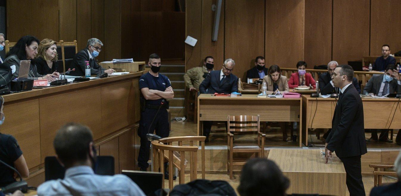 Δίκη Χρυσής Αυγής: Τι επικαλέστηκαν Μιχαλολιάκος, Κασιδιάρης για τις αναστολές | Έθνος