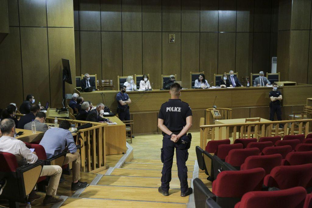 Δίκη Χρυσής Αυγής: Αυλαία με τις αποφάσεις για τις αναστολές των ποινών - ΤΑ ΝΕΑ
