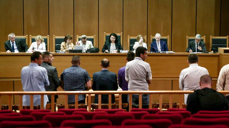 Χρυσή Αυγή: Διέκοψε για την Παρασκευή το δικαστήριο - Ειδήσεις - νέα - Το Βήμα Online