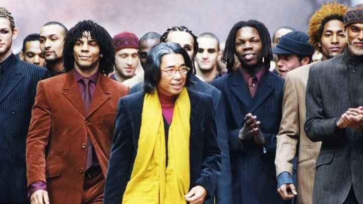 Θλίψη στον κόσμο της μόδας: Πέθανε από κορονοϊό ο διάσημος σχεδιαστής Κένζο Τακάντα