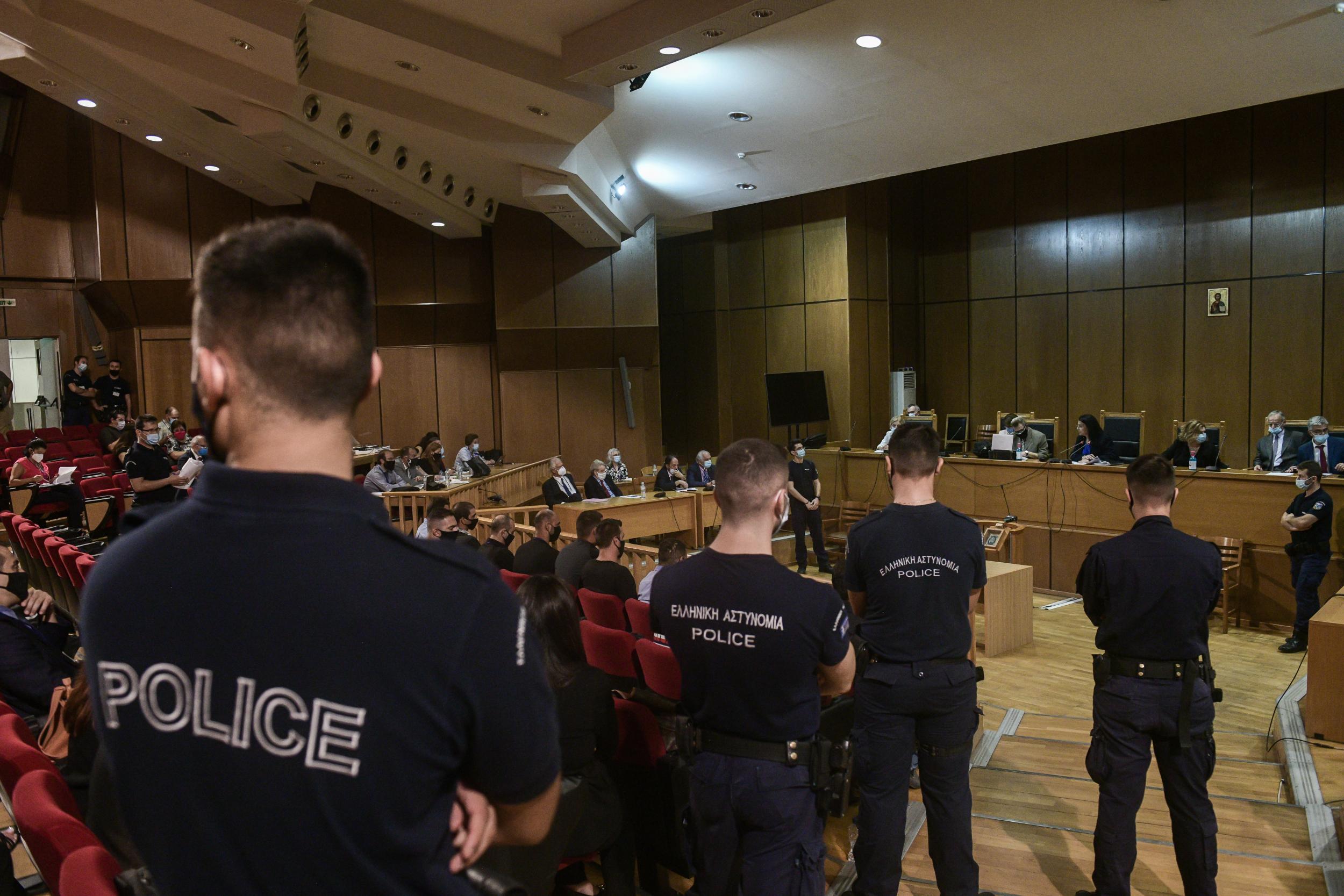 Έτοιμη η ΕΛ.ΑΣ. για συλλήψεις στελεχών της Χρυσής Αυγής, αν χρειαστεί | LiFO
