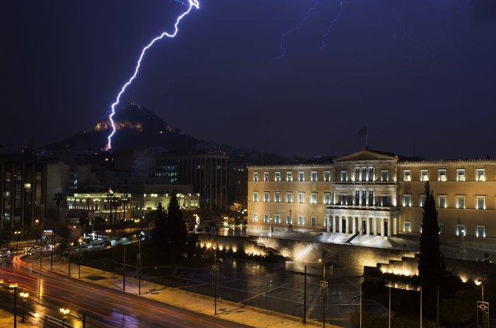 Η καταιγίδα που σάρωσε την Αθήνα σε απίστευτες εικόνες | Ελλάδα Ειδήσεις