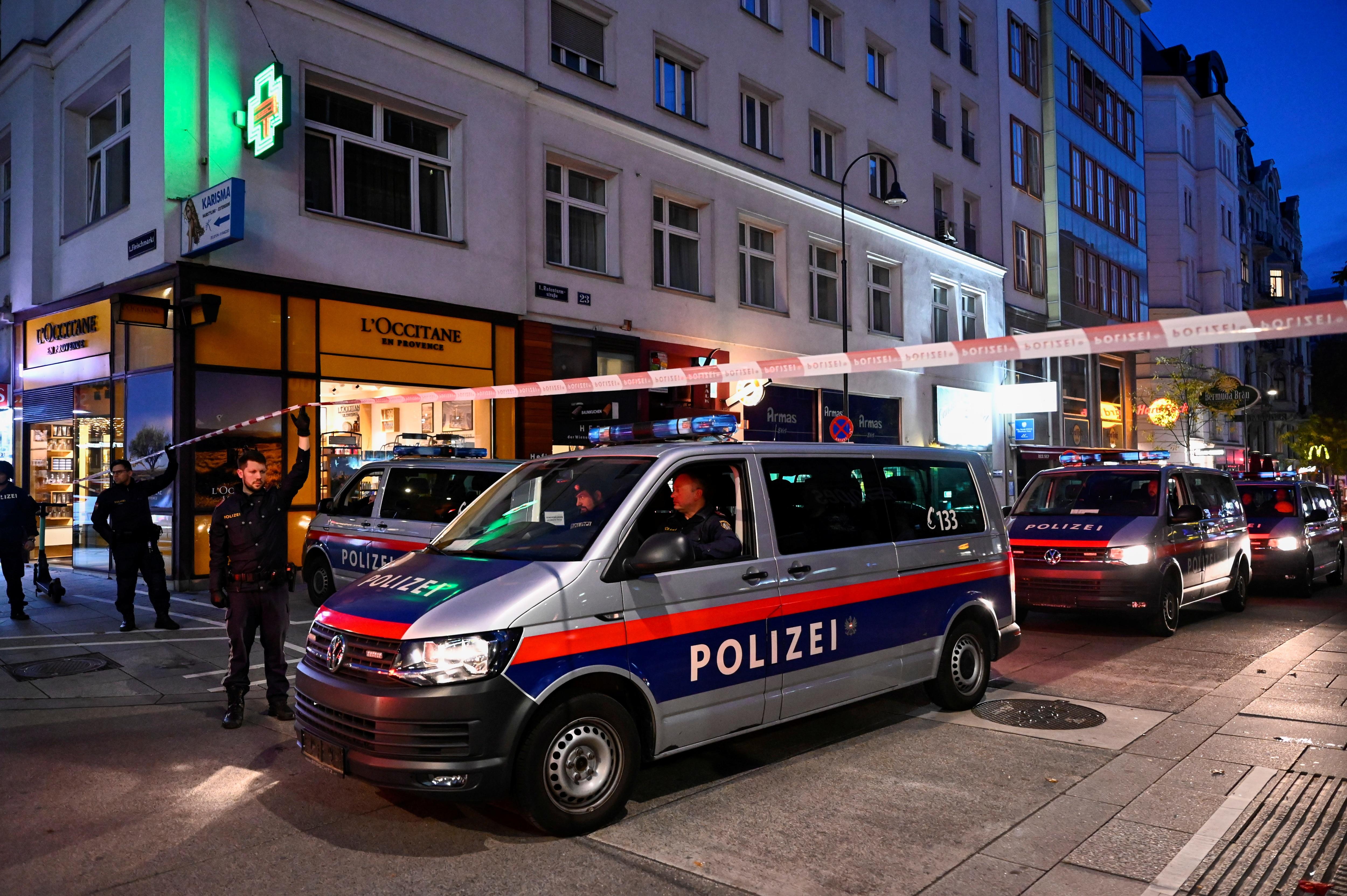 Επίθεση στη Βιέννη: Αλβανός από τα Σκόπια ήταν ο τζιχαντιστής που σκόρπισε ... | Διεθνή Ειδήσεις