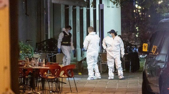 Επίθεση στη Βιέννη: Ο δράστης είχε καταδικασθεί για συμμετοχή σε τρομοκρατική οργάνωση-Τριήμερο εθνικό πένθος στην Αυστρία - analitis.gr