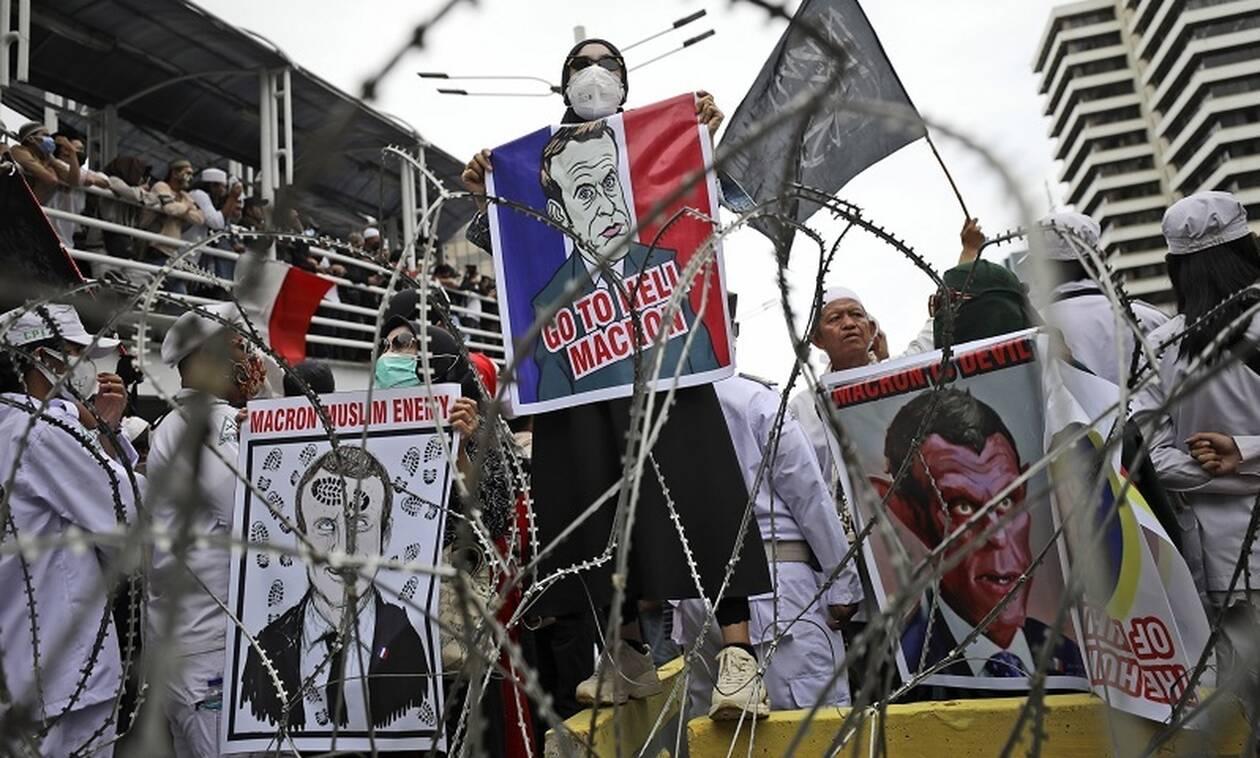 Απειλές Αλ Κάιντα σε Μακρόν - «Δικαίωμα μας να σκοτώσουμε όποιον προσβάλει τον Μωάμεθ» - Newsbomb - Ειδησεις - News