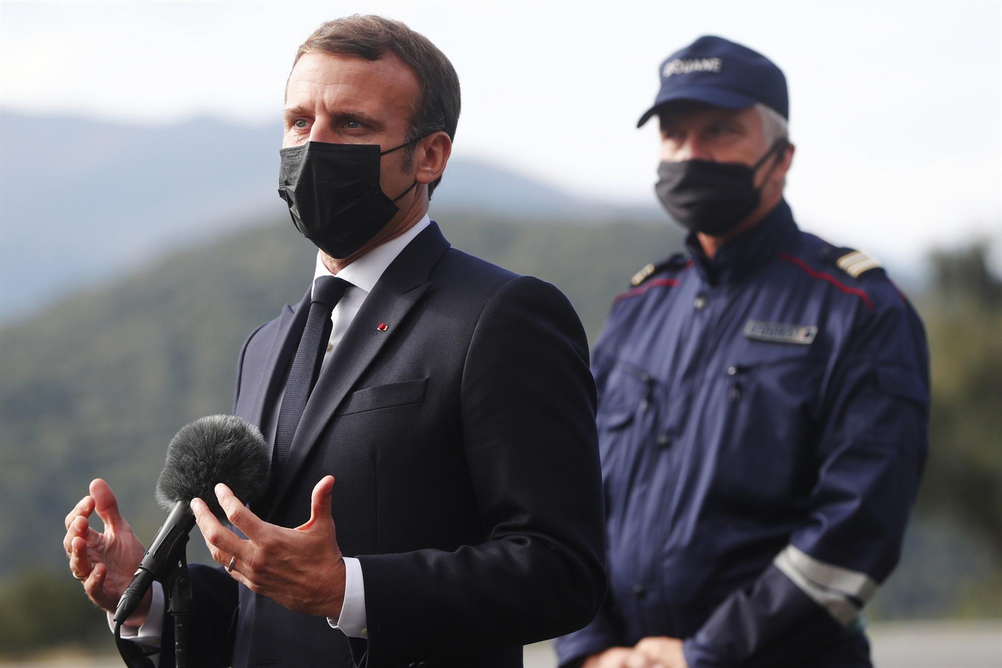 ΜΑΚΡΟΝ | Liberal.gr