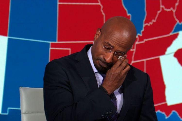 Εκλογές ΗΠΑ : Σχολιαστής του CNN ξεσπά σε κλάματα για τη νίκη Μπάιντεν | in.gr
