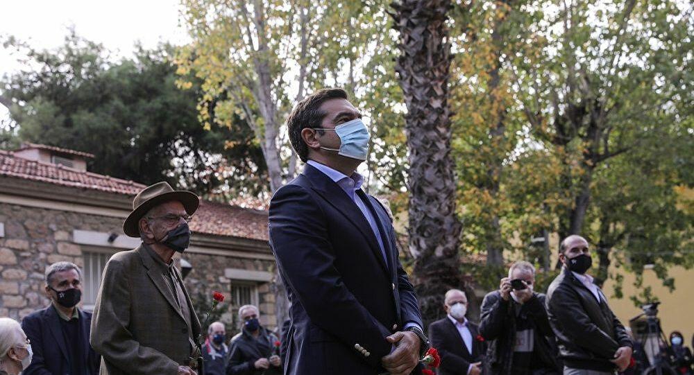 Λιτή εκδήλωση του ΣΥΡΙΖΑ στο ΕΑΤ-ΕΣΑ για το Πολυτεχνείο - Φωτογραφίες - Sputnik Ελλάδα