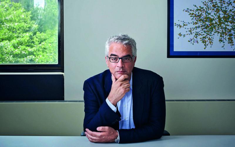 Έλληνας καθηγητής Yale: Οι 3 φάσεις της πανδημίας – Τέλος κορωνοϊού το 2024 | Typosthes