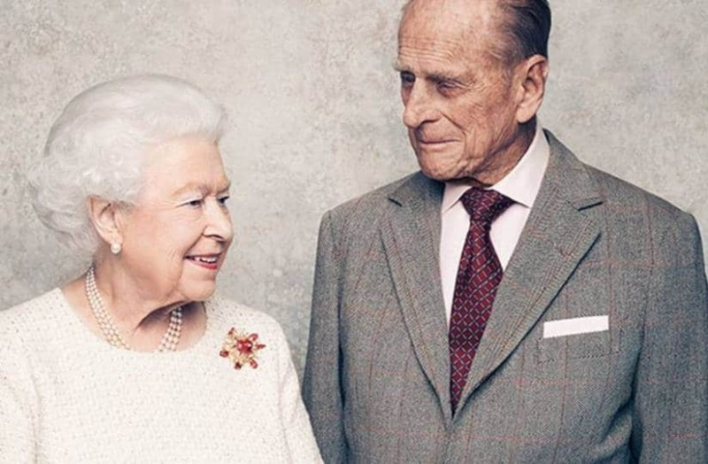 Πρίγκιπας Φίλιππος: Ο άντρας που πλήγωσε τη βασίλισσα Ελισάβετ! Οι απιστίες, τα πάρτι και η αλλαγή ονόματος! - Retromania - Athens magazine