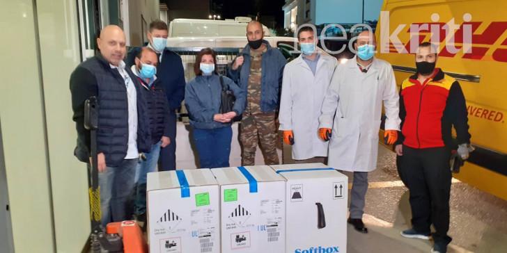 Περισσότερα από 10.000 εμβόλια έφτασαν στην Κρήτη -Δευτέρα αρχίζουν οι εμβολιασμοί | ΕΛΛΑΔΑ | iefimerida.gr