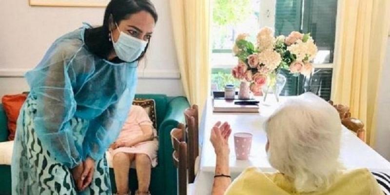 γυναίκα 117 ετών εμβολιασμός