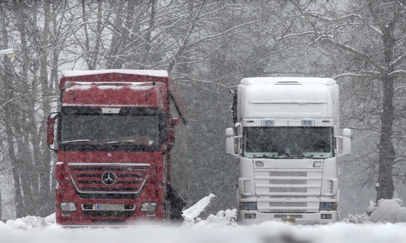 φορτηγά χιόνια