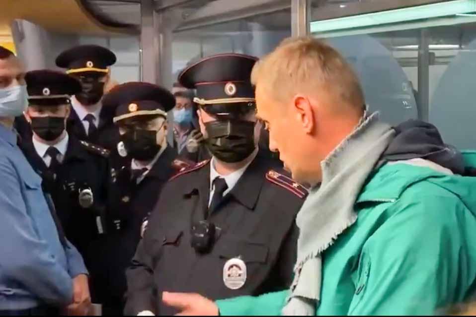 Σαρλ Μισέλ: Απαράδεκτη, η σύλληψη του Αλεξέι Ναβάλνι κατά την άφιξή του στην Μόσχα – EXPERTNEWS