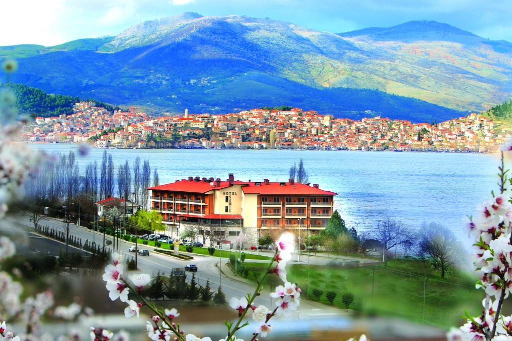 Αποτέλεσμα εικόνας για Τσάμης, Ξενοδοχείο, Καστοριά, Έκρηξη, Ισοπέδωση, Θέα, Λίμνη