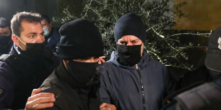 Στη φυλακή ο Λιγνάδης, ετοιμάζει προσφυγή κατά της προφυλάκισης -Τι κατέθεσαν οι μάρτυρες στον εισαγγελέα   ΕΛΛΑΔΑ   iefimerida.gr