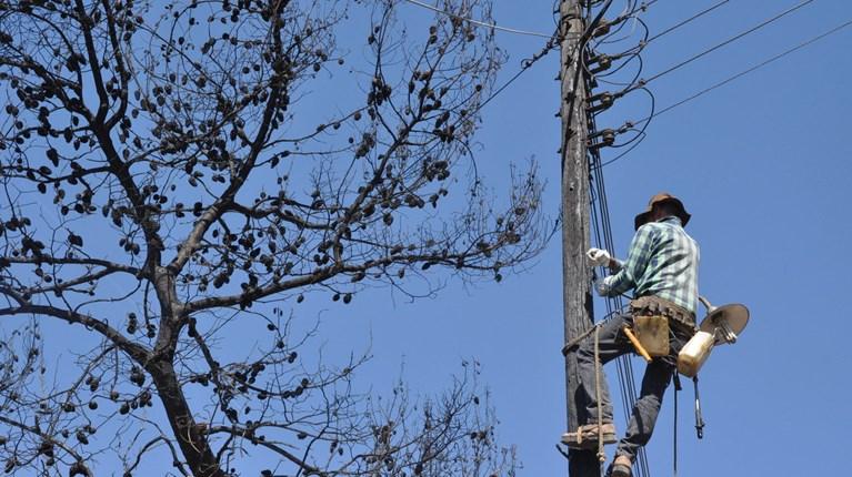 Αποτέλεσμα εικόνας για Δίκτυο Χαμηλής Τάσης, επιδιόρθωση βλαβών, ΔΕΔΔΗΕ, πσυνεργεία