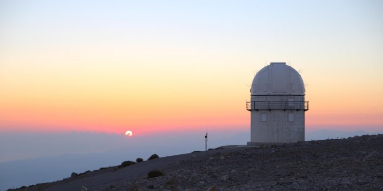 Αποτέλεσμα εικόνας για 1ο Σχολείο Αστροφυσικής, ΙΤΕ, Αστεροσκοπείο Σκίνακα, Ψηλορείτης, Μαθήματα