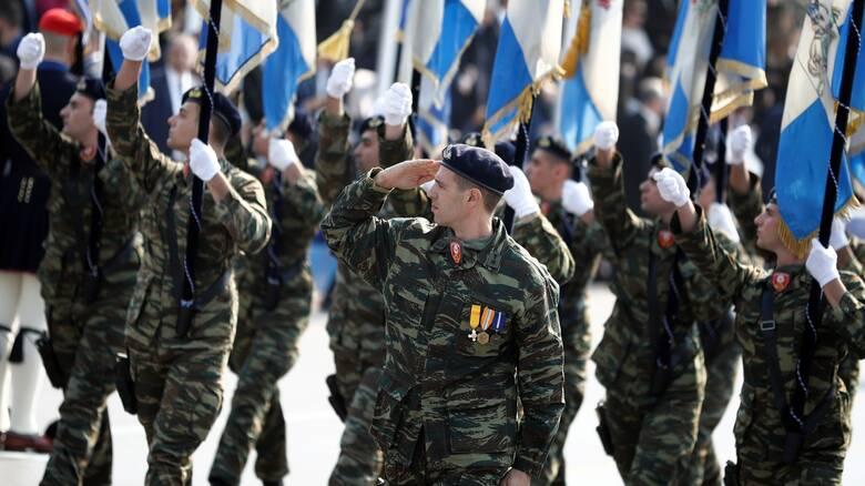 Πελώνη για 25η Μαρτίου: Θα γίνει μόνον η στρατιωτική παρέλαση και θα μεταδοθεί τηλεοπτικά - CNN.gr