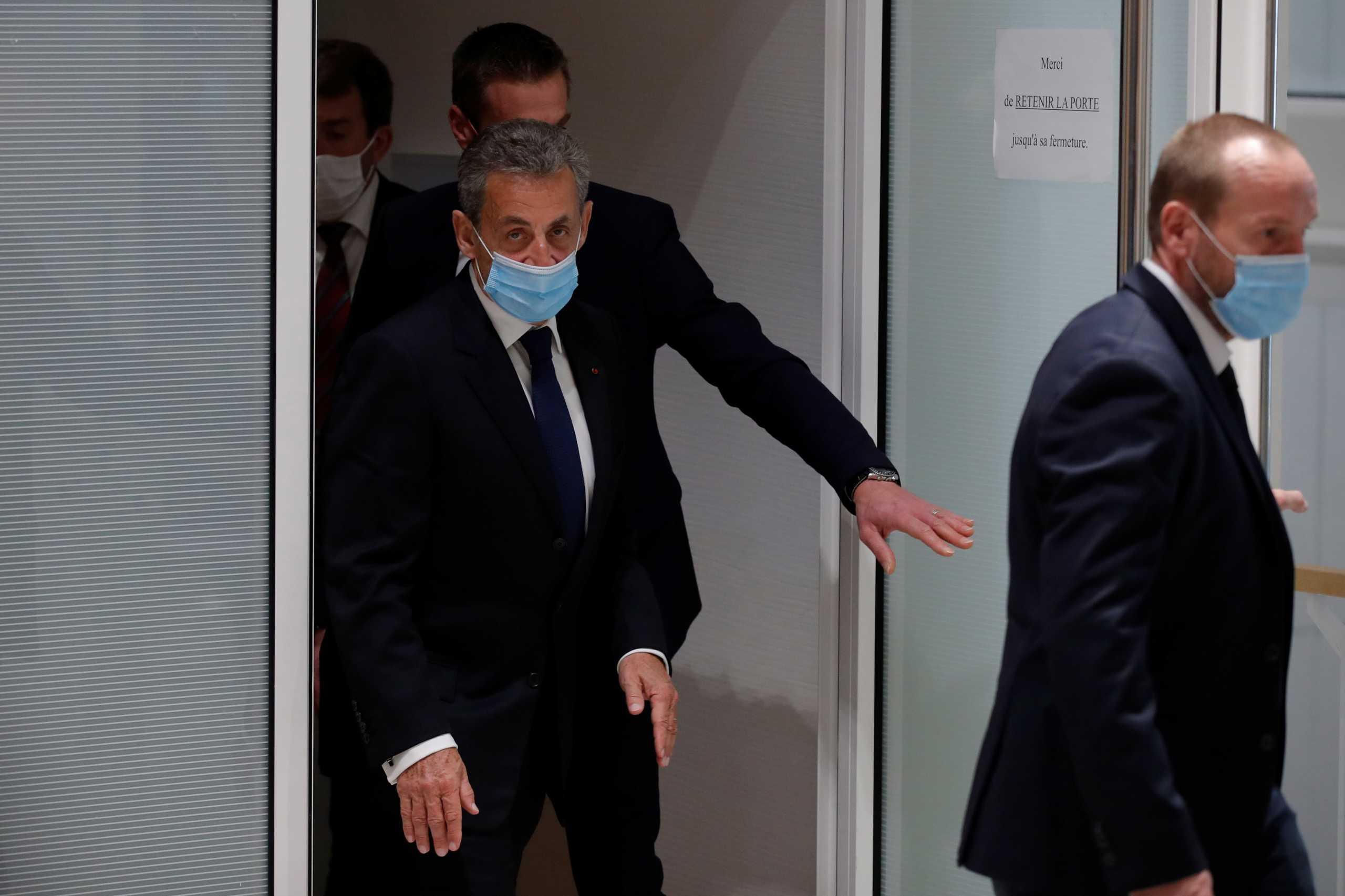 Ένοχος για διαφθορά ο Σαρκοζί -Καταδικάστηκε σε τρία χρόνια, θα εκτίσει το ένα | Bank Wars - Τράπεζες