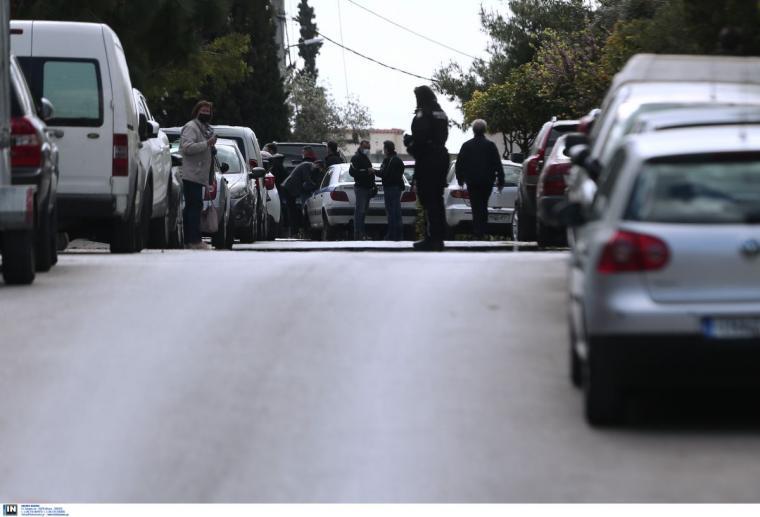 Σκότωσαν τον δημοσιογράφο Γιώργο Καραϊβάζ   Pentapostagma