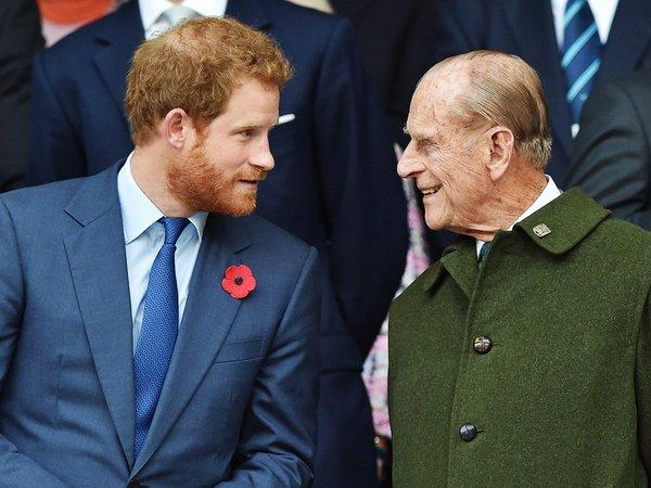 Η επιστροφή του Χάρι στη Βρετανία για την κηδεία του Φίλιππου και το κώλυμα της Μέγκαν