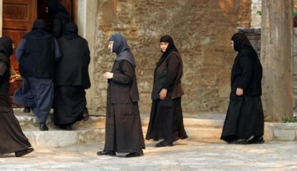 Κορωνοϊός-Αλεξανδρούπολη: Μοναχή κατέληξε, άλλες 20 θετικές σε μοναστήρι